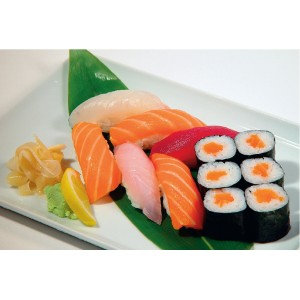 M13  6 SUSHI ASSORTIMENT OU SAUMON, 6 MAKI